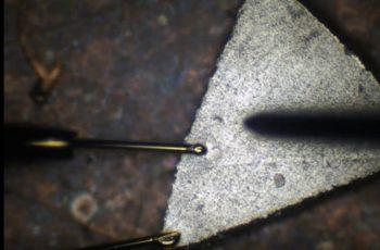 Au線スポット溶接
