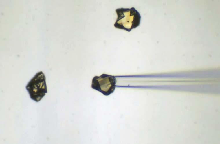 工業用ダイヤモンド粒子の採取